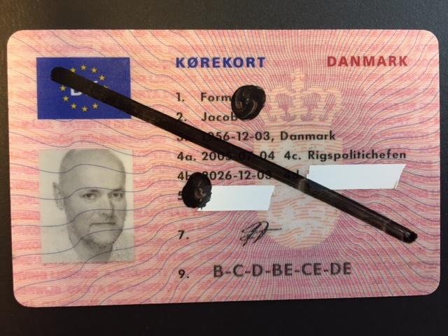 Regel Danmark glemmer at fortælle, at det samtidig med den stærkt forhøjede bøde koster en betinget frakendelse af kørerkortet